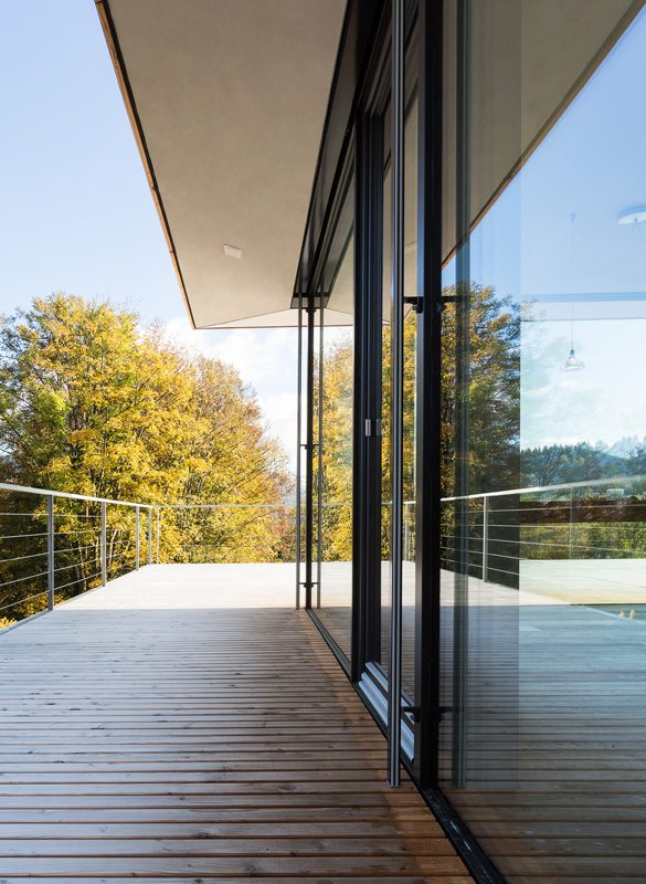 Haus mit Waldblick Schwarzwald Foto René Lamb
